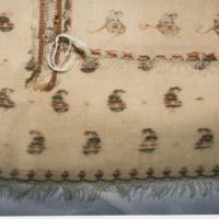 http://historicdress.org/omeka/images/hdrx_b01s01_sh005_00012.jpg